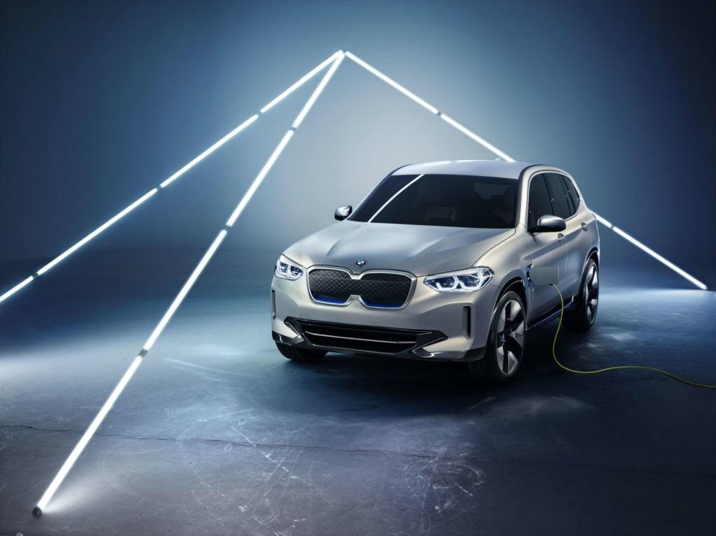 La BMW iX3 est encore secrète, mais nous connaissons quelques détails.