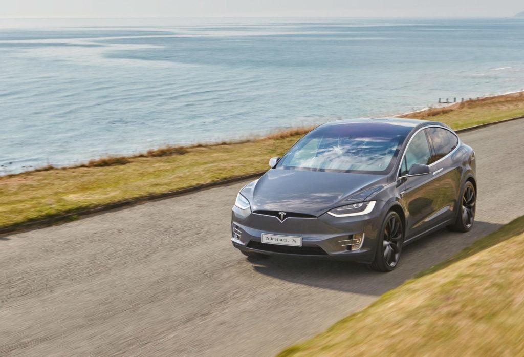 La Tesla Model X n'avait aucun rival, jusqu'à maintenant.