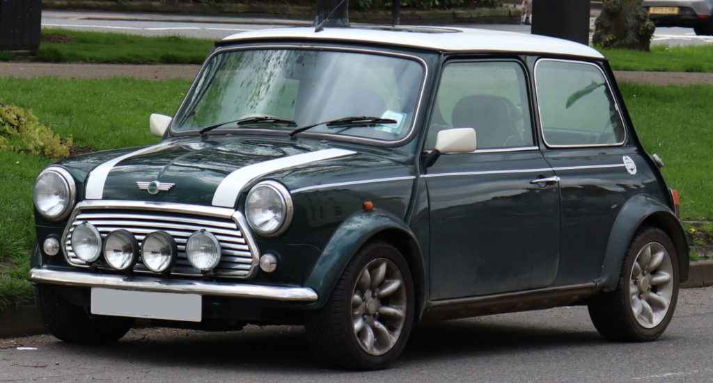 1999 Rover Mini Cooper 1.3 - the perfect investment for under £5,000.