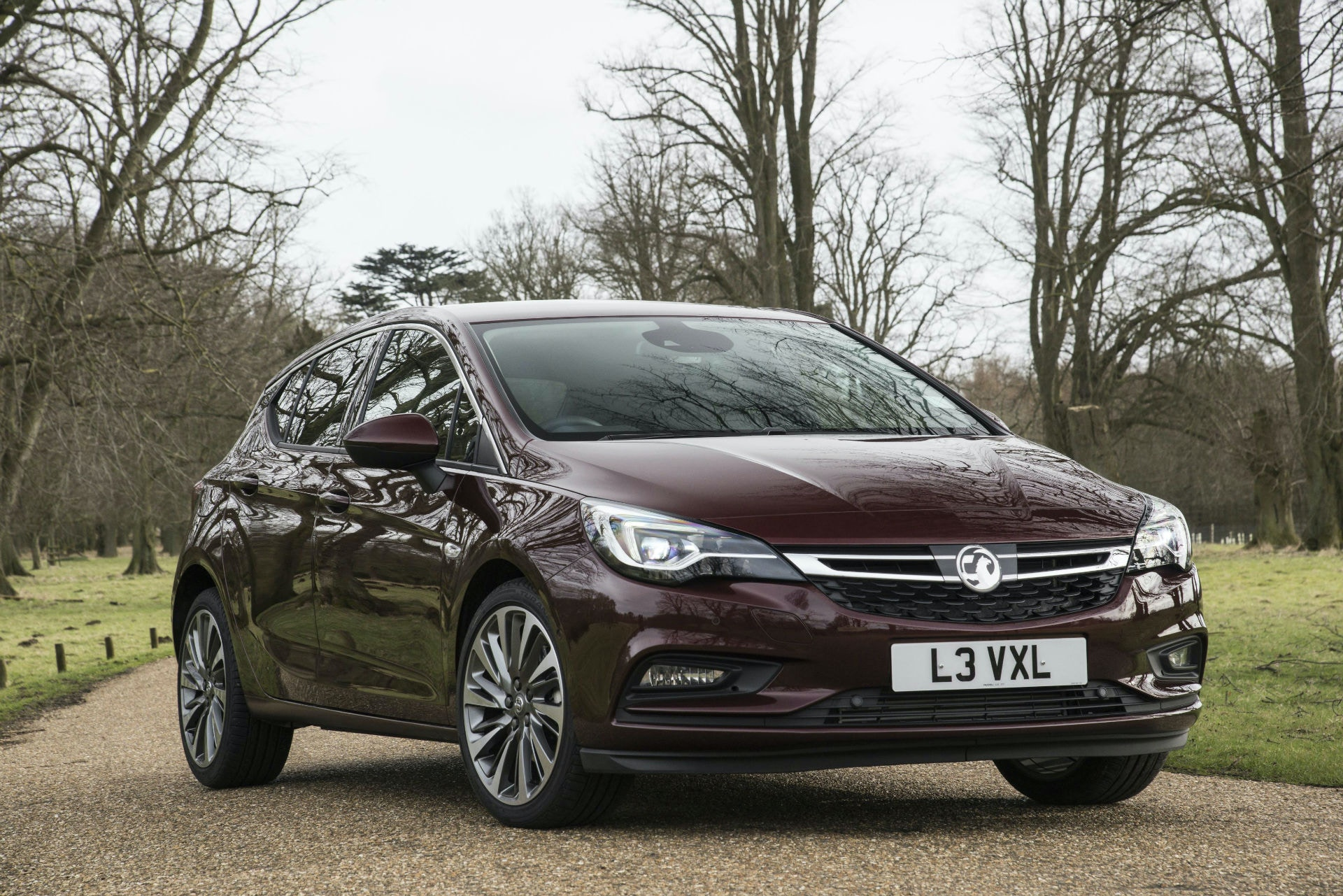 The Vauxhall Astra is well loved in the UK and it's a great hatchback for under £10,000.
