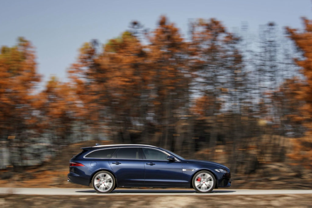 The Jaguar XF Sportbrake is incredibly smart even from the side.