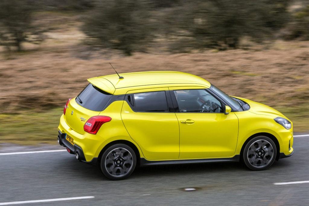 La Suzuki Swift Sport est une petite voiture amusante et chaleureuse qui n'est pas strictement chaude.