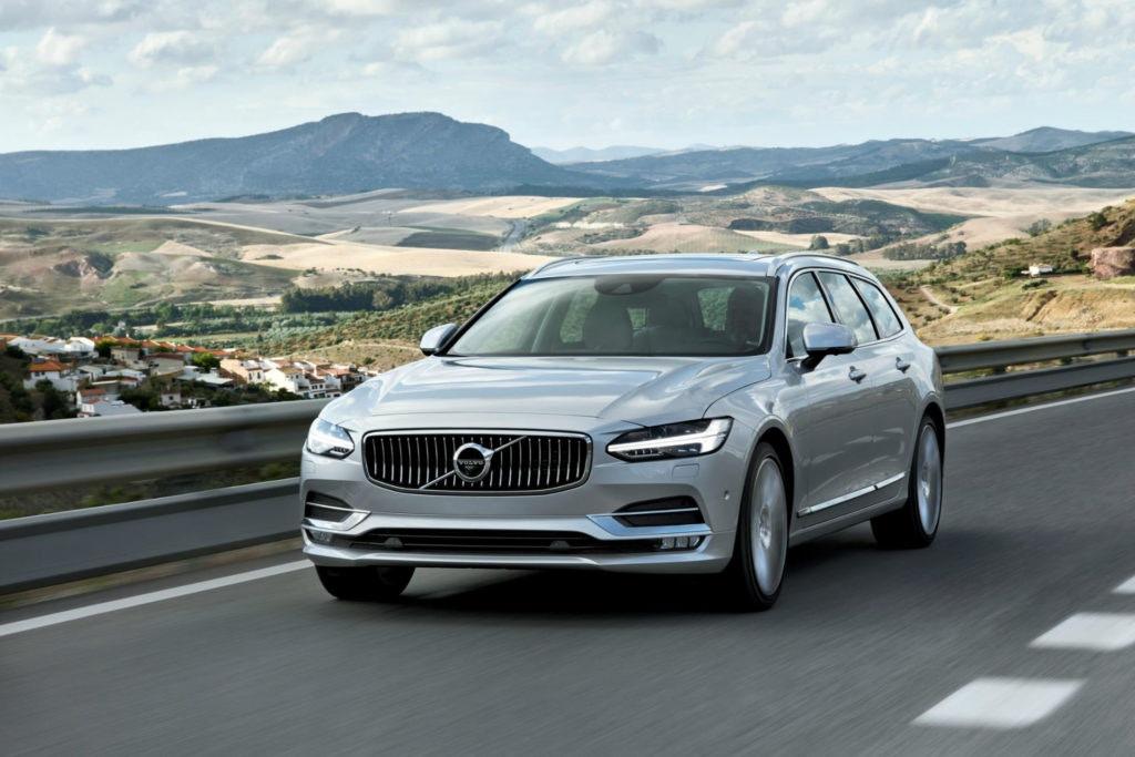 Le Volvo V90 maximise le confort sur autoroute
